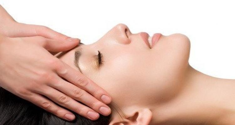 face massage and acupressure